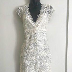 Upscale Le Chateau Formal Dress Lace Dress